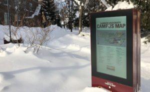 FORIS Outdoor Kiosk im Schnee